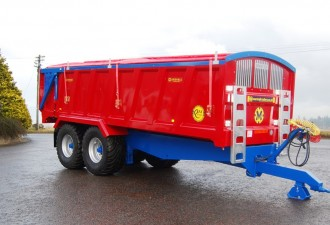 Marshall QM14 monocoque trailer