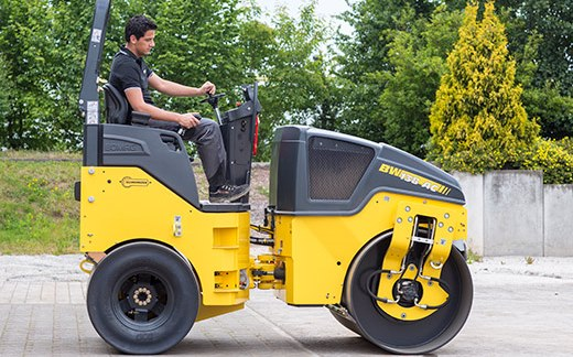 Bomag BW138AC-5 light articulated steered tandem roller