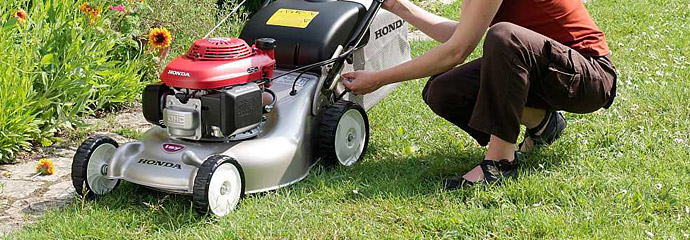 Petrol Lawn Mowers from Honda, Hayter and more